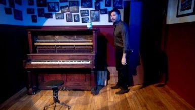 Harry's Upright Piano Bar